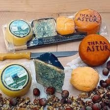 Tabla de 4 variedades de quesos asturianos